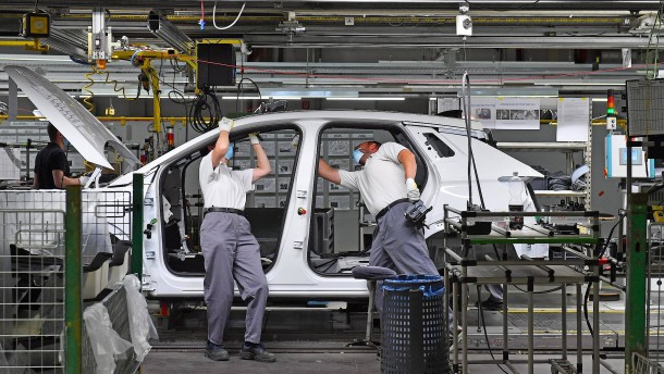 Ende des Flirts: Wirtschaft kritisiert Grüne