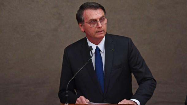 Bolsonaro kündigt Rückzug aus Migrationspakt an