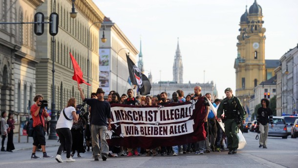 Maximalprotest im Partykeller