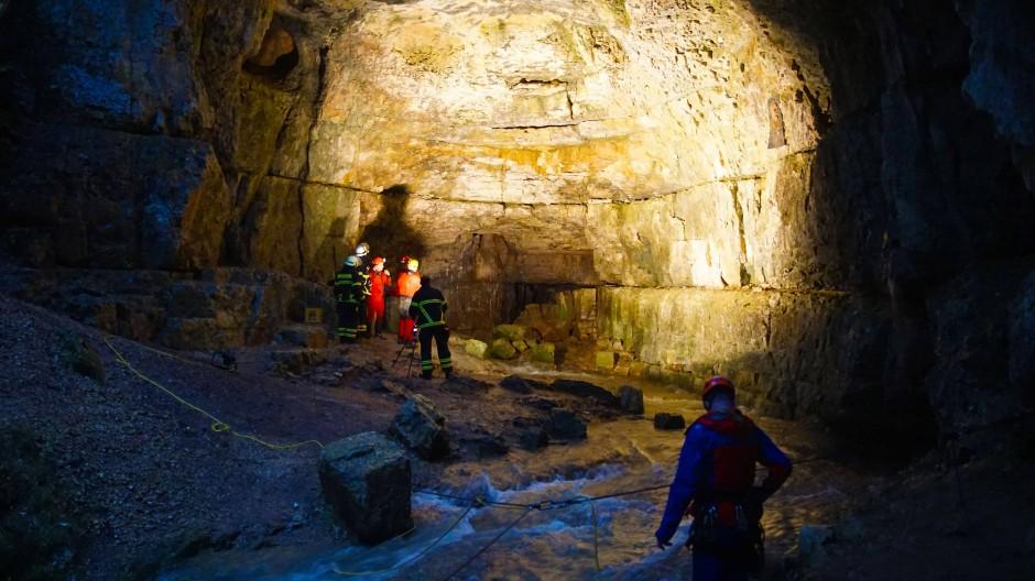 Eingeschlossene aus Höhle gerettet