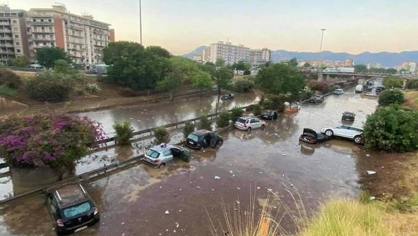 Tote nach Überschwemmungen auf Sizilien