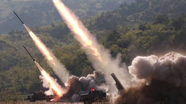 Nordkorea provoziert weiter: Trump nicht glücklich über Raketentests