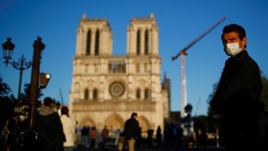 Glocke von Notre-Dame läutet wieder