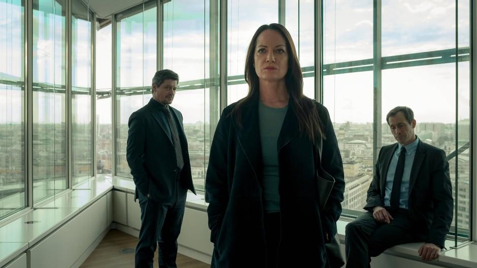 Krieg der Geschlechter: Annabelle (Natalia Wörner) wird von John (Fritz Karl, links) und Tom (Marc Hosemann) im Anwaltsbüro erwartet.