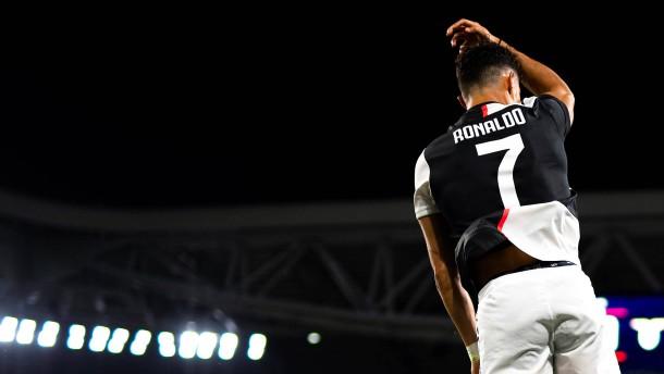 Juventus dank Ronaldo kurz vor Titel