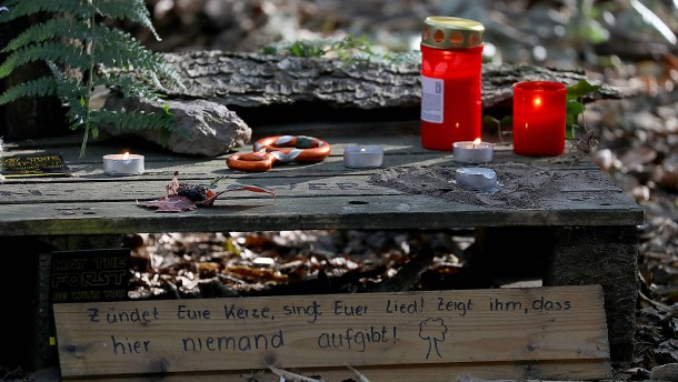 Wer ist der Verunglückte aus dem Hambacher Forst?