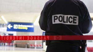Frankreich spekuliert über Terror-Hintergrund