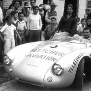 Das Original trug Hans Herrmann 1954 zum Klassensieg bei der Carrera Panamerica