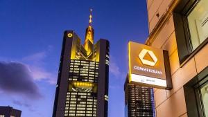 Die Commerzbank versiebenfacht ihren Gewinn