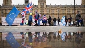 Worüber das britische Unterhaus abstimmt
