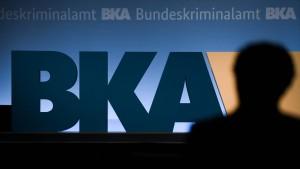Kommissaranwärter beim BKA fallen mit rechten Pseudonymen auf