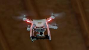 Wer künftig noch mit Drohnen fliegen darf