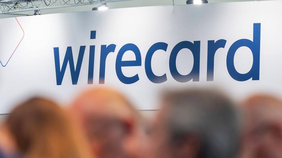 Das Wirecard-Logo im Tagungsgebäude der Wirecard-Hauptversammlung 2019