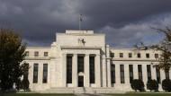 Die spannendste Frage an den Finanzmärkten: Wird die amerikanische Federal Reserve zur Wochenmitte erstmals seit 2015 wieder ihren Leitzins erhöhen?
