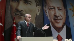 Kemal Atatürk als Feindbild bei Nato-Übung