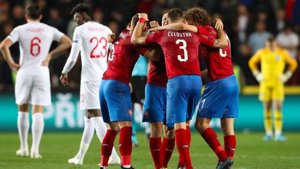 Tschechien vermiest England vorzeitige Qualifikation
