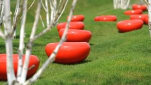 Durch sieben Welten in achtzig Gärten