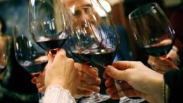 Verbraucher kaufen etwas weniger Wein
