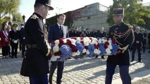 """Macron gesteht """"unverzeihliche Verbrechen"""" an Algeriern in Paris ein"""