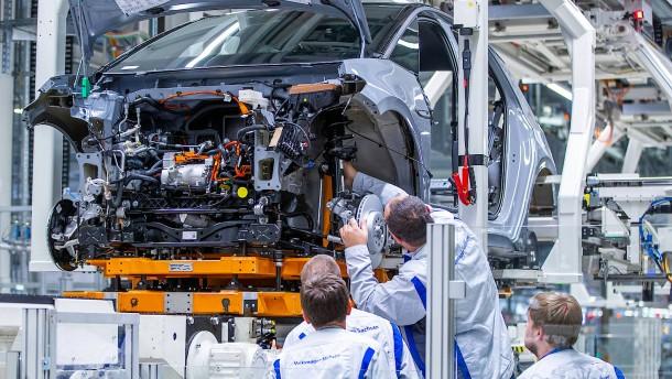 """""""Deutsche kaufen in der Krise Klopapier, Chinesen kaufen wieder Autos"""""""