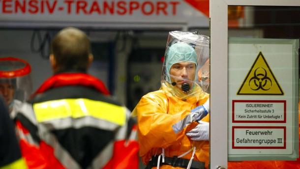 Ebola-Patient in Frankfurt auf Isolierstation