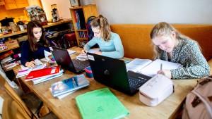 Bitkom sieht starken Schub für Digitalunterricht