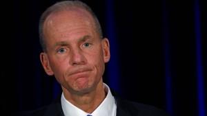 Boeing-Chef räumt Fehler ein