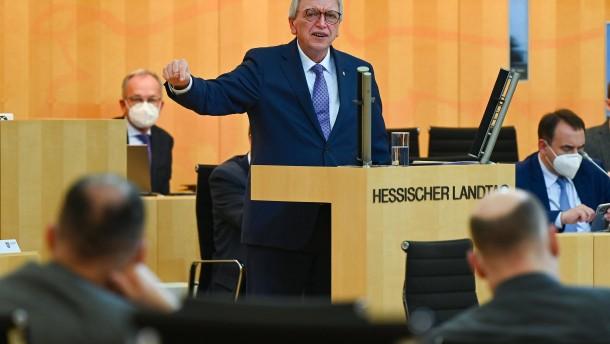 Hessen fährt das öffentliche Leben drastisch herunter