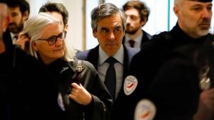Fillons Anwalt kritisiert Ermittlungen