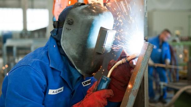 Metaller geben Schulabbrechern eine Ausbildungschance