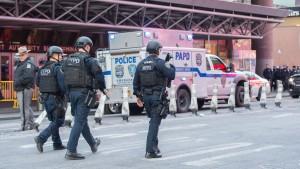 Verletzte bei Anschlagsversuch in New Yorker U-Bahn