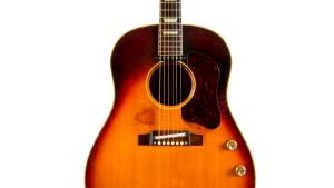 Gitarre von John Lennon für 2,4 Millionen Dollar versteigert