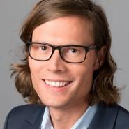 """Timo Frasch - Portraitaufnahme für das Blaue Buch """"Die Redaktion stellt sich vor"""" der Frankfurter Allgemeinen Zeitung"""