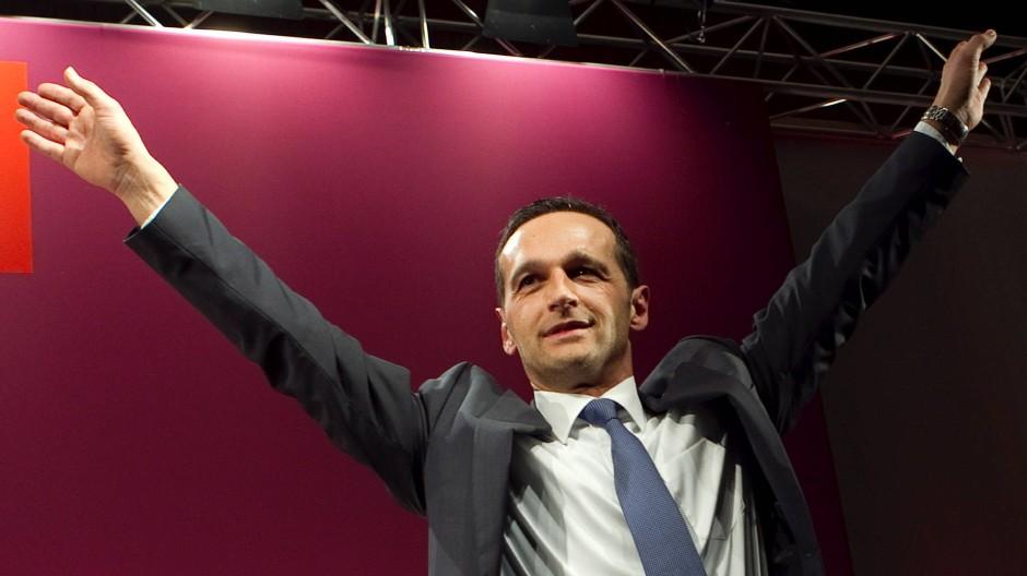 Triathlet mit langem Atem: Heiko Maas, hier beim Politischen Aschermittwoch in Siersburg, winkt als Lohn nun wohl zumindest die Regierungsbeteiligung