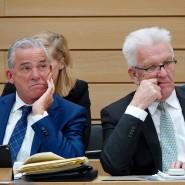 Innenminister und Vize-Ministerpräsident Thomas Strobl (CDU) und Ministerpräsident Winfried Kretschmann (Grüne) bei einer Sitzung des Bundesrates (Archivbild)