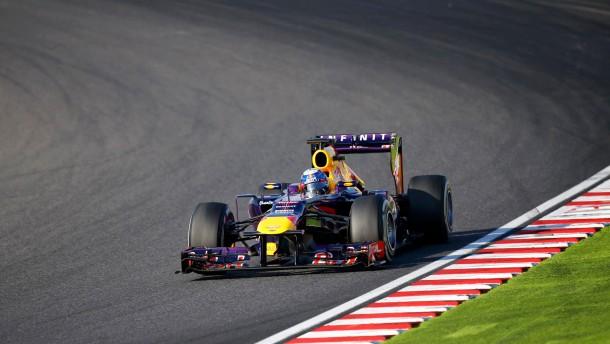 Vettel siegt - und muss warten