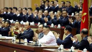 Kim Jong-un schwört Nordkorea auf harte Zeit ein