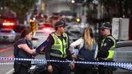 Polizisten in der Nähe des Tatortes in Melbourne
