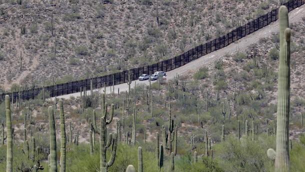 Mexikanische Zivilisten hindern Amerikaner zeitweise an Einreise