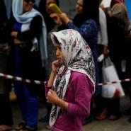 Ein Flüchtlingsmädchen am Dienstag am Athener Flughafen Hellenikon