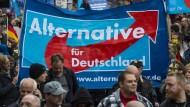 AfD-Demonstranten fordern Merkels Rücktritt