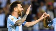 Lionel Messi hat gut Lachen: Gegen Panama erzielt der Argentinier einen Blitz-Hattrick