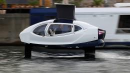 Fliegende Fluss-Taxis auf der Seine