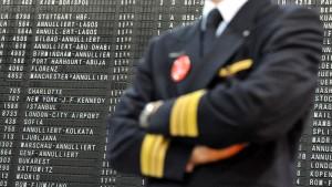 Pilotenstreik trifft tausende Flugpassagiere