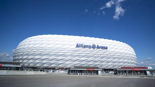 Fußball-Bundesliga stellt Spielbetrieb ein
