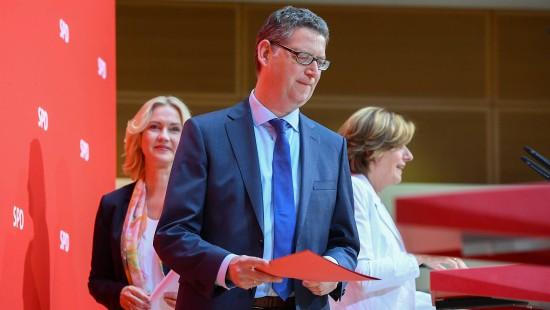 SPD will mit Doppelspitze aus der Krise finden