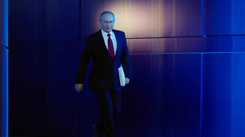 Russlands Präsident Wladimir Putin kurz vor seiner Rede an die Nation in Moskau