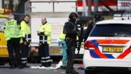 Utrecht: Auch die Anti-Terror-Einheit ist im Einsatz.