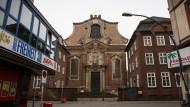 St. Joseph in St. Pauli: Katholische Kirche an einem moralisch labilem Ort.