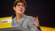 Neue starke Frau der CDU: Annegret Kramp-Karrenbauer auf dem Parteitag in Hamburg